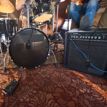 A Super Mic for Amps, Instruments and Vocals