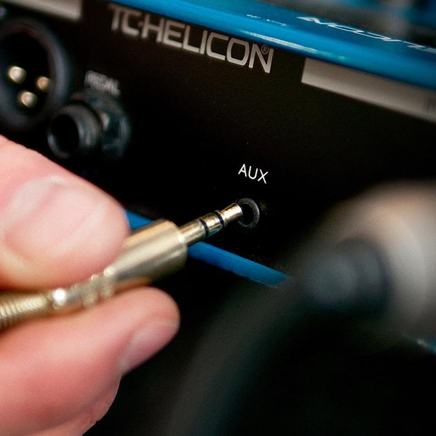 เอฟเฟคร้องและลูปเปอร์ TC Helicon Voicelive Play