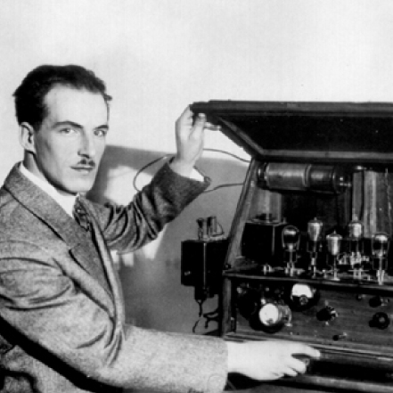 A Brief History of Analog Synthesis